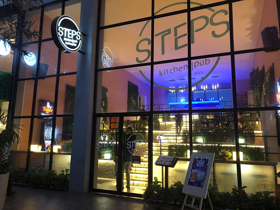 STEPS Kitchen & Pub