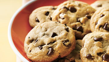 Save Money by Making Your own Homemade Chocolate Chip Cookies