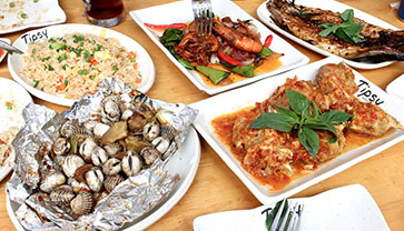 Try Varieties of Seafood at Tipsy Seafood