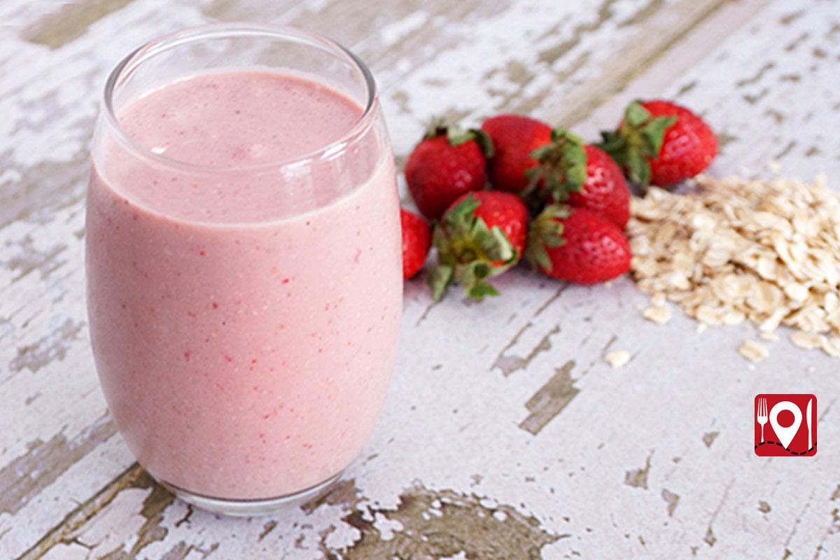 strawberryoattmealsmoothie