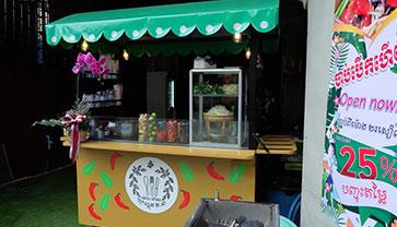 Khmer and Thai Street food Are Available at 2.3 Papaya